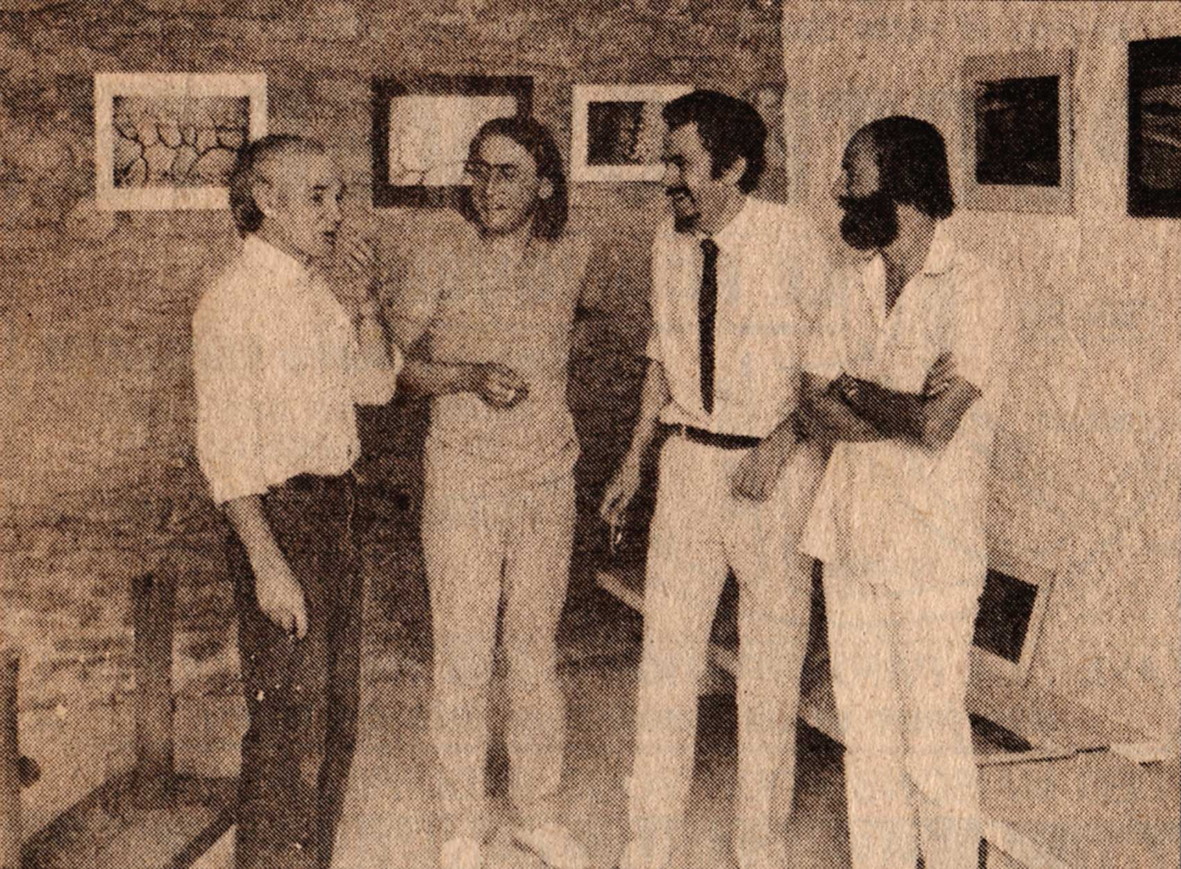 Gustave Tiffoche, P.-J. Buffy, Paul Morin et Bernard Neau dans la galerie de Tiffoche, L'Orée, juillet 83